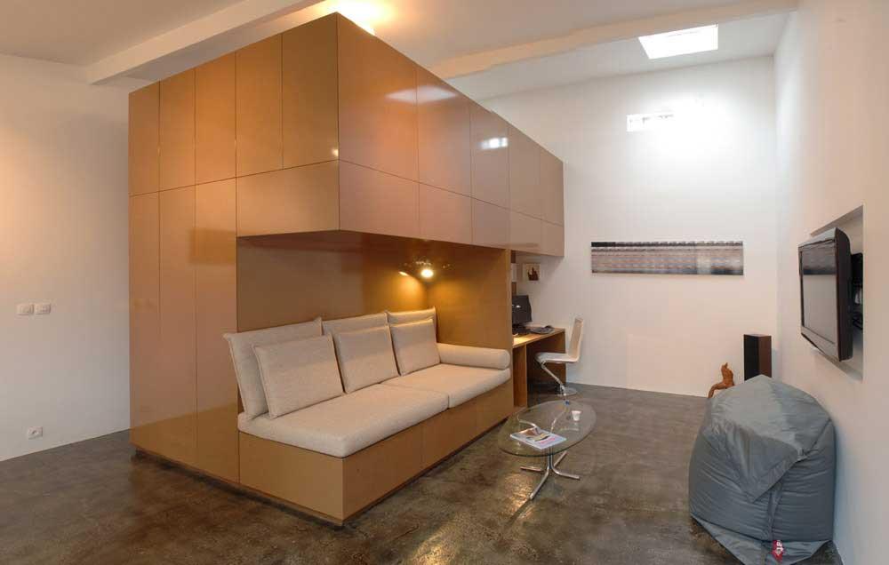 Franse architecten bouwen garage om tot appartement