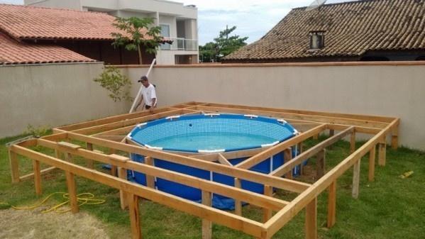 Deze Vader Had Het Geld Niet Om Een Zwembad Aan Te Leggen
